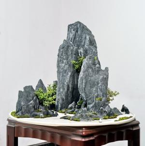 孟河斧劈石盆景
