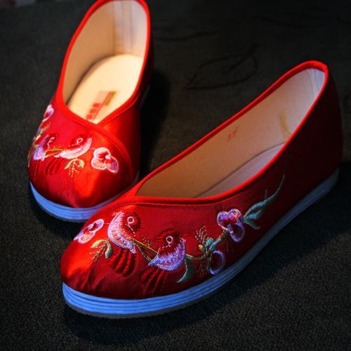 靖州绣花鞋