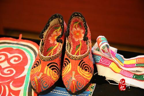 羌族刺绣品