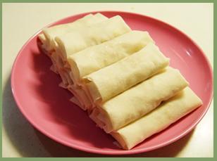 银芽虾仁薄饼卷